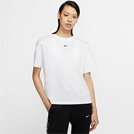 Sportswear Essential Short Sleeve Top
